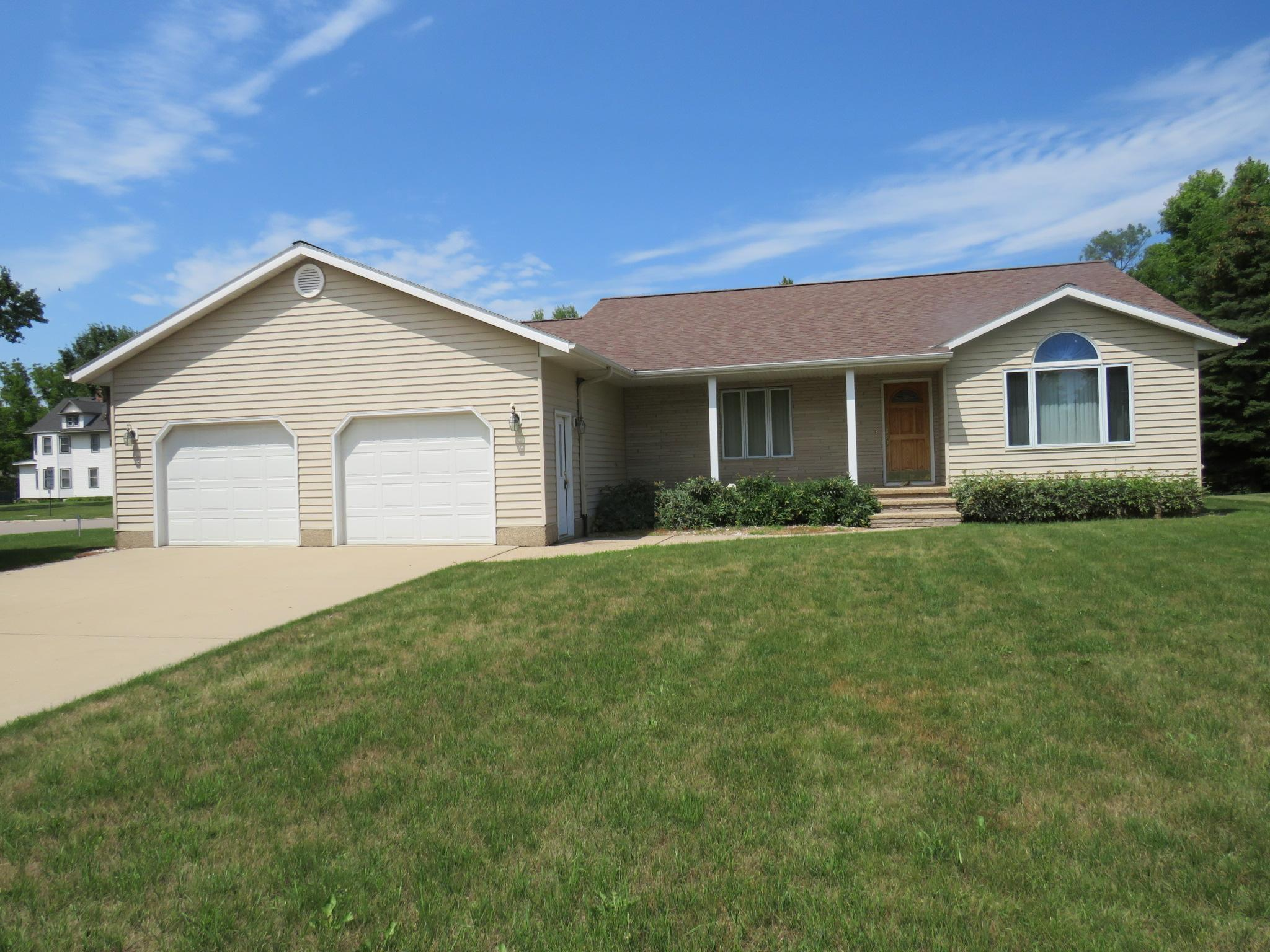 1210 Oakwood Avenue Property Photo