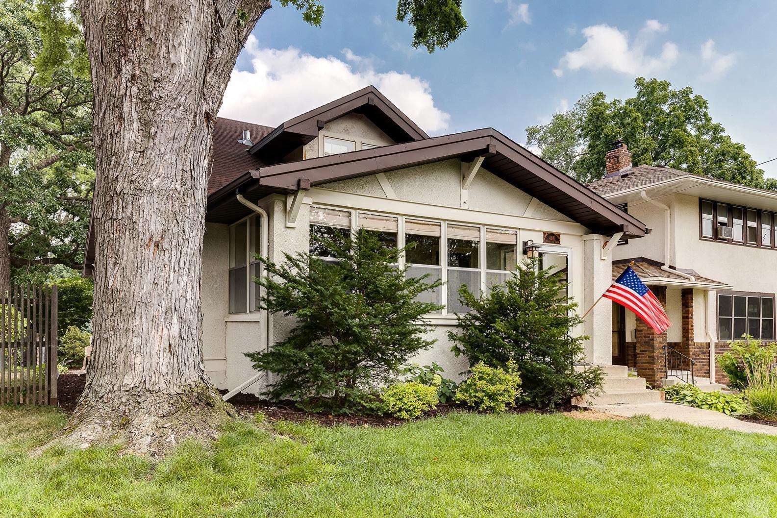 4921 Thomas Avenue Property Photo