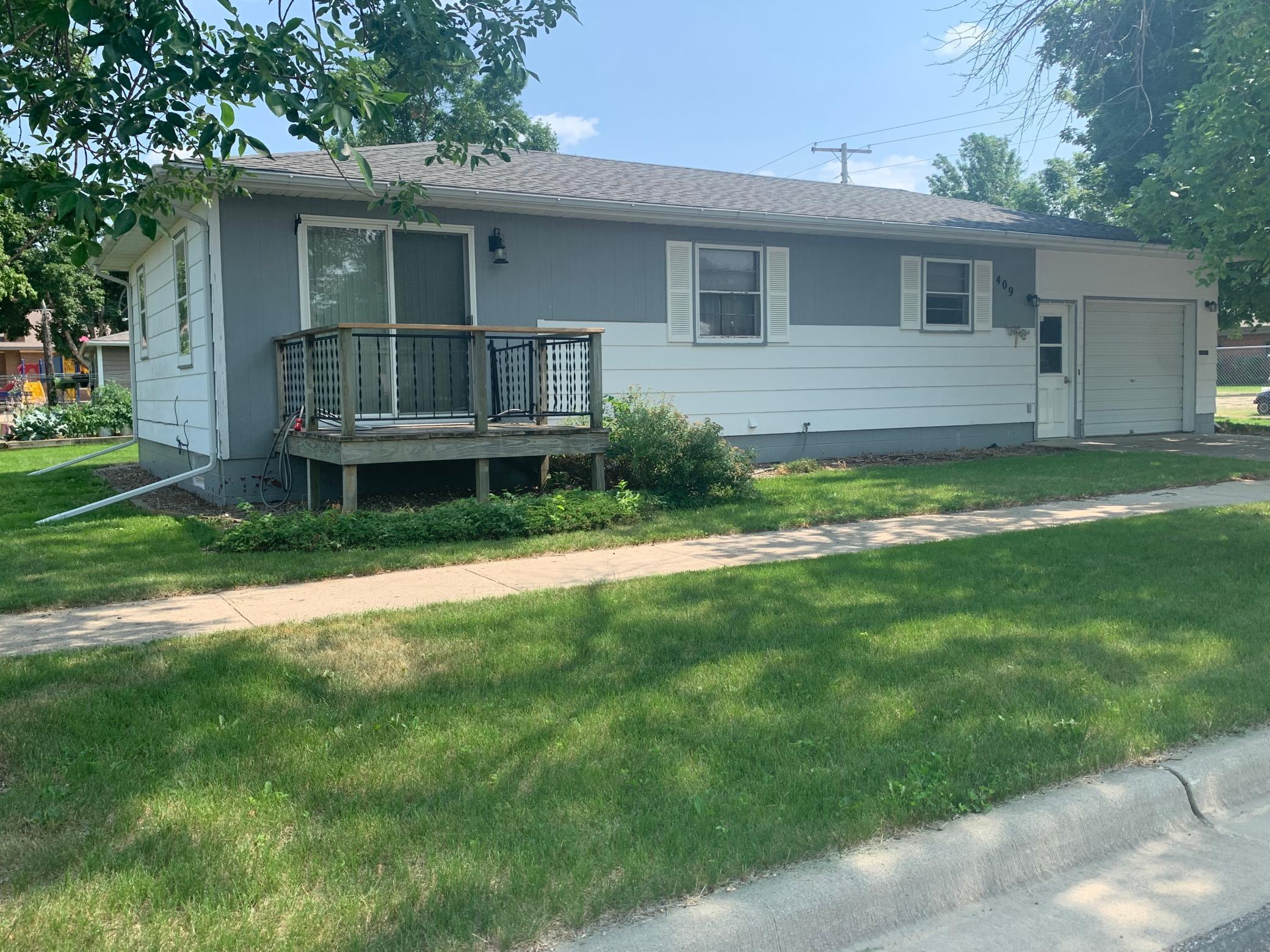 409 Lyon Avenue Property Photo