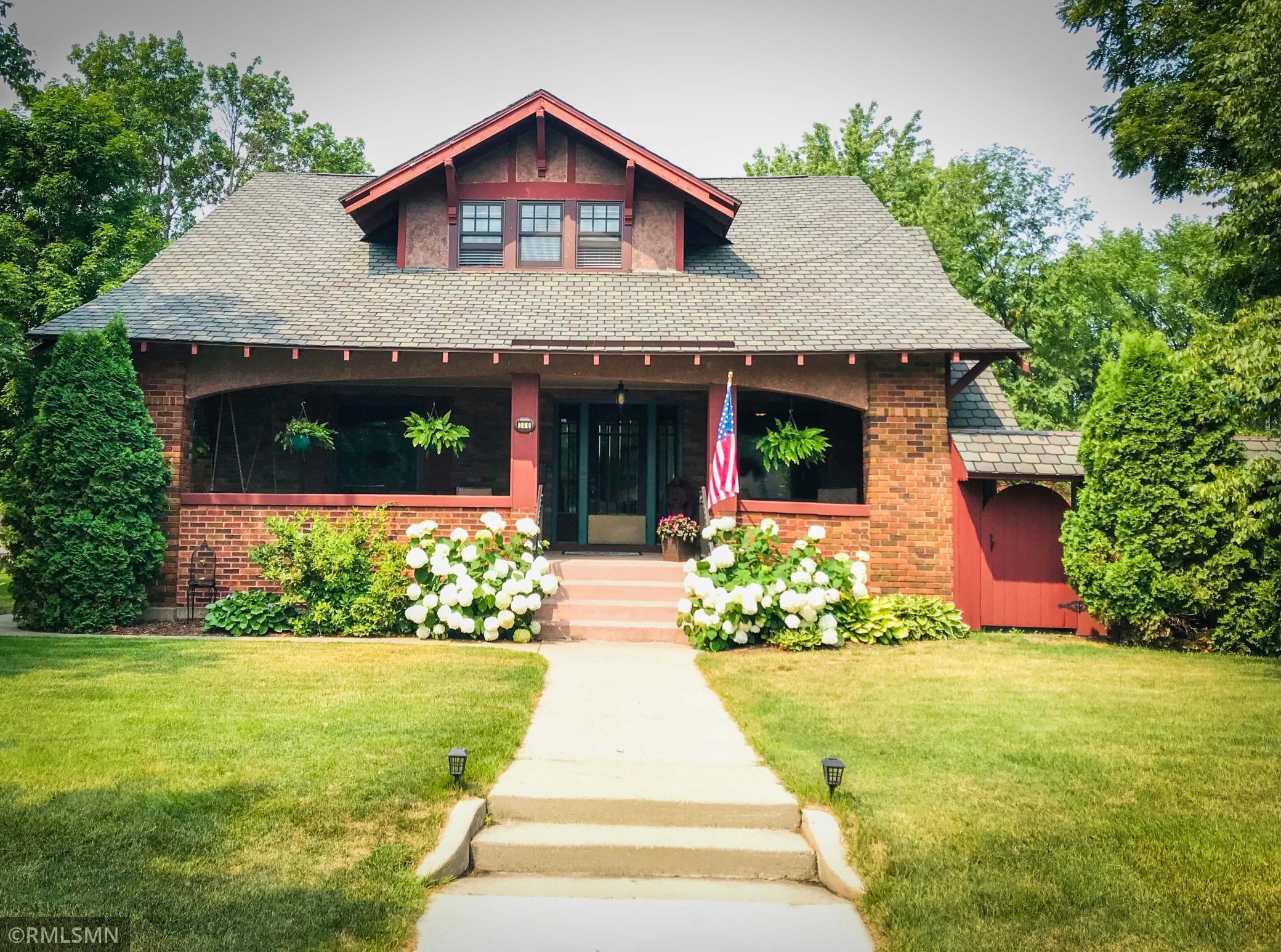 Baitingers Add Real Estate Listings Main Image