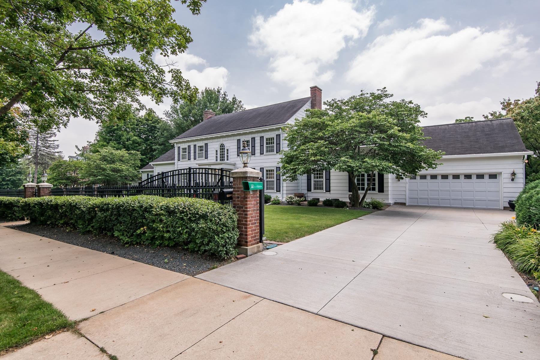 930 8th Street Property Photo 1