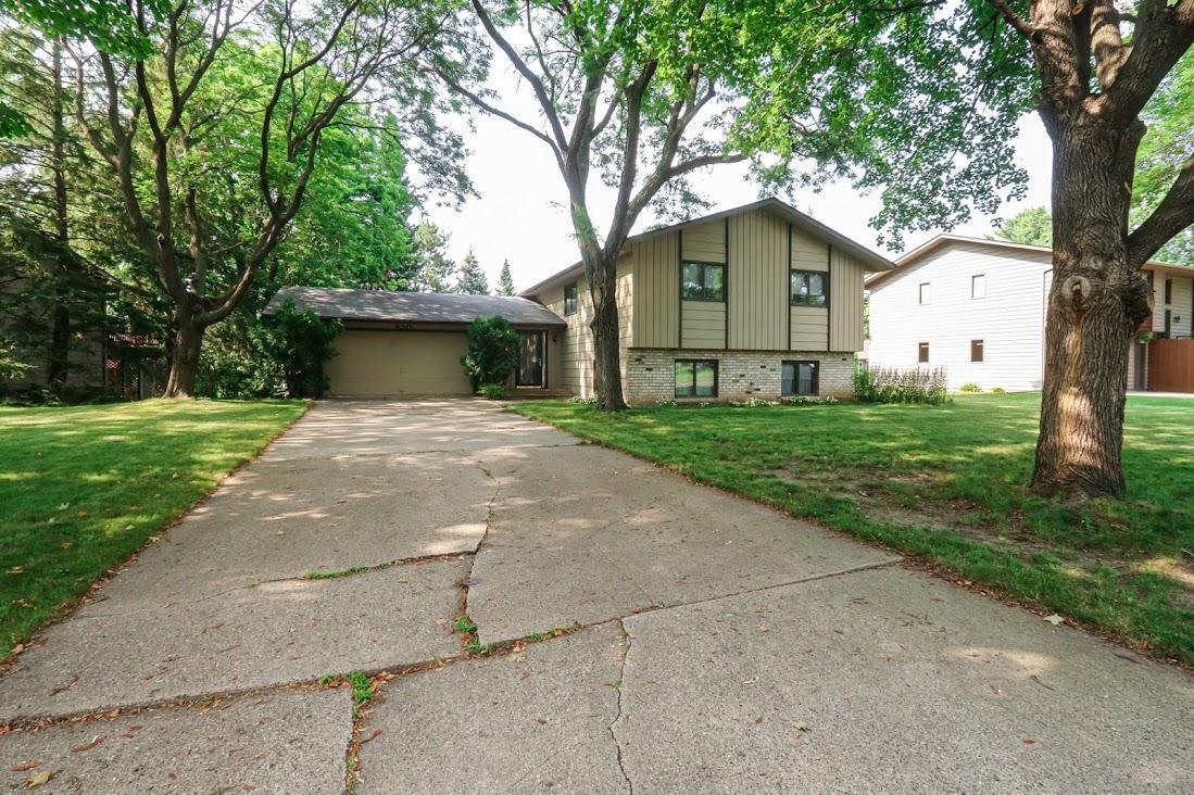 920 Ivanhoe Drive Property Photo 1