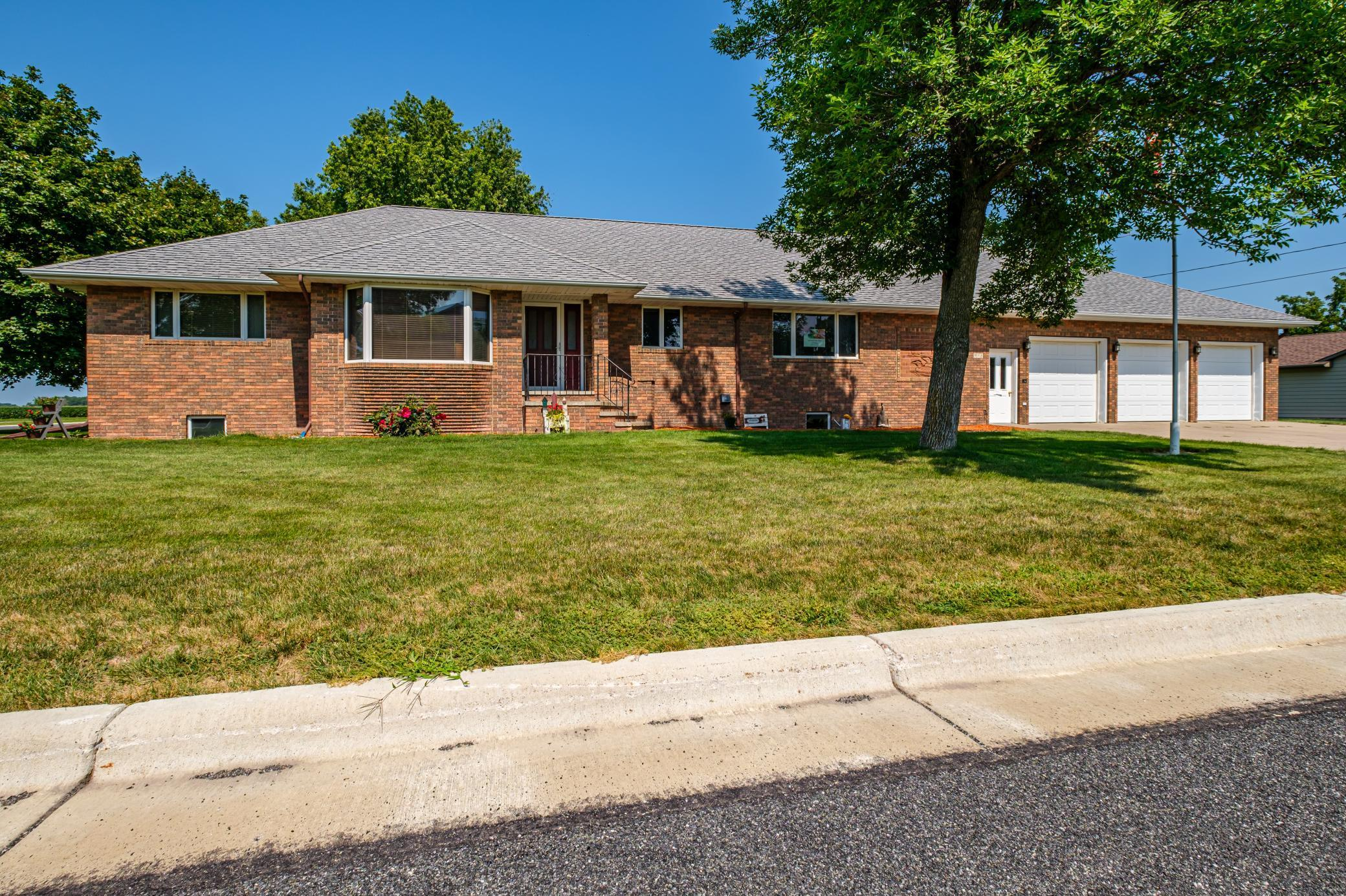 918 Penn Avenue Property Photo