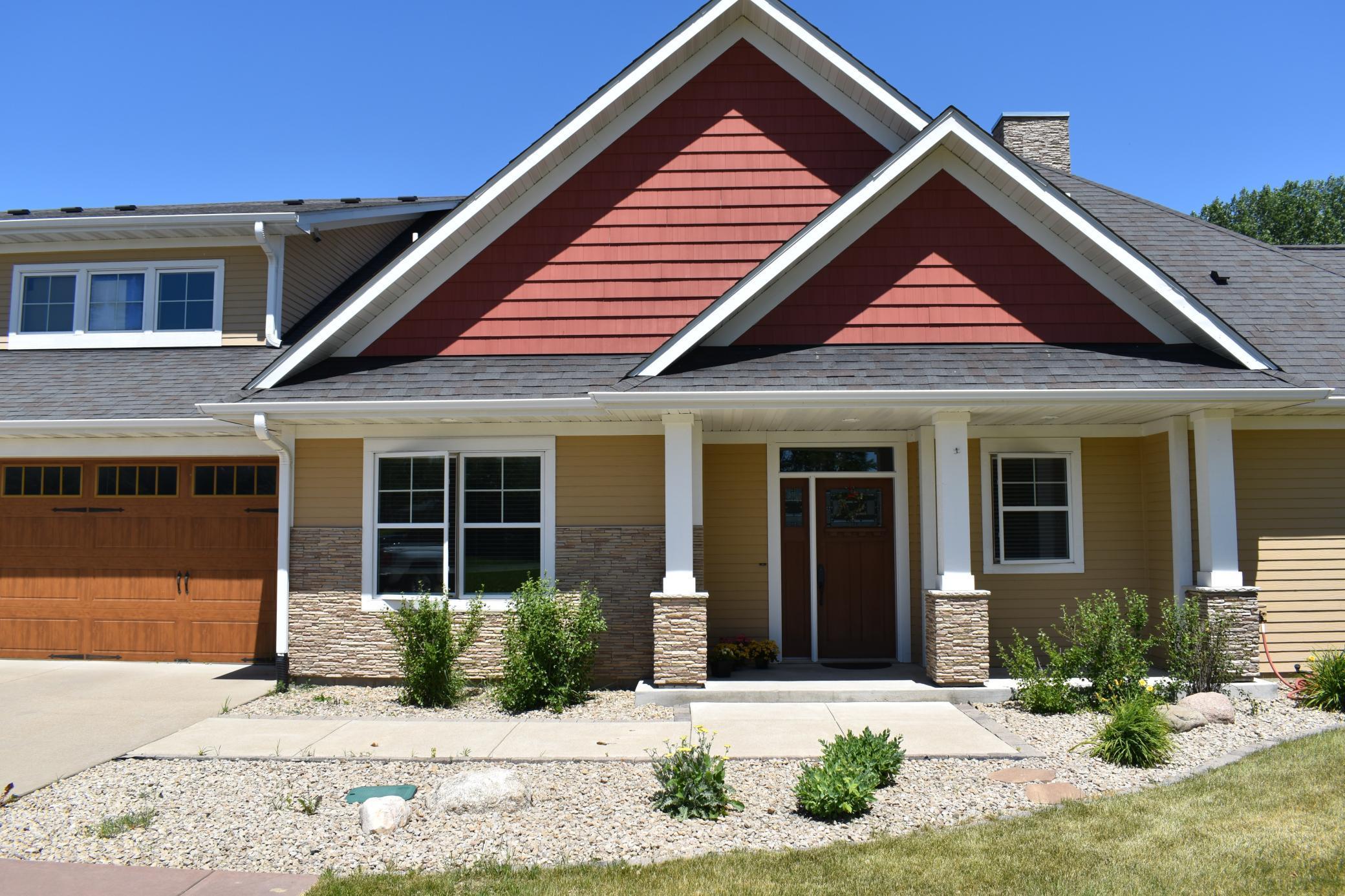 575 Riverwood Drive Property Photo