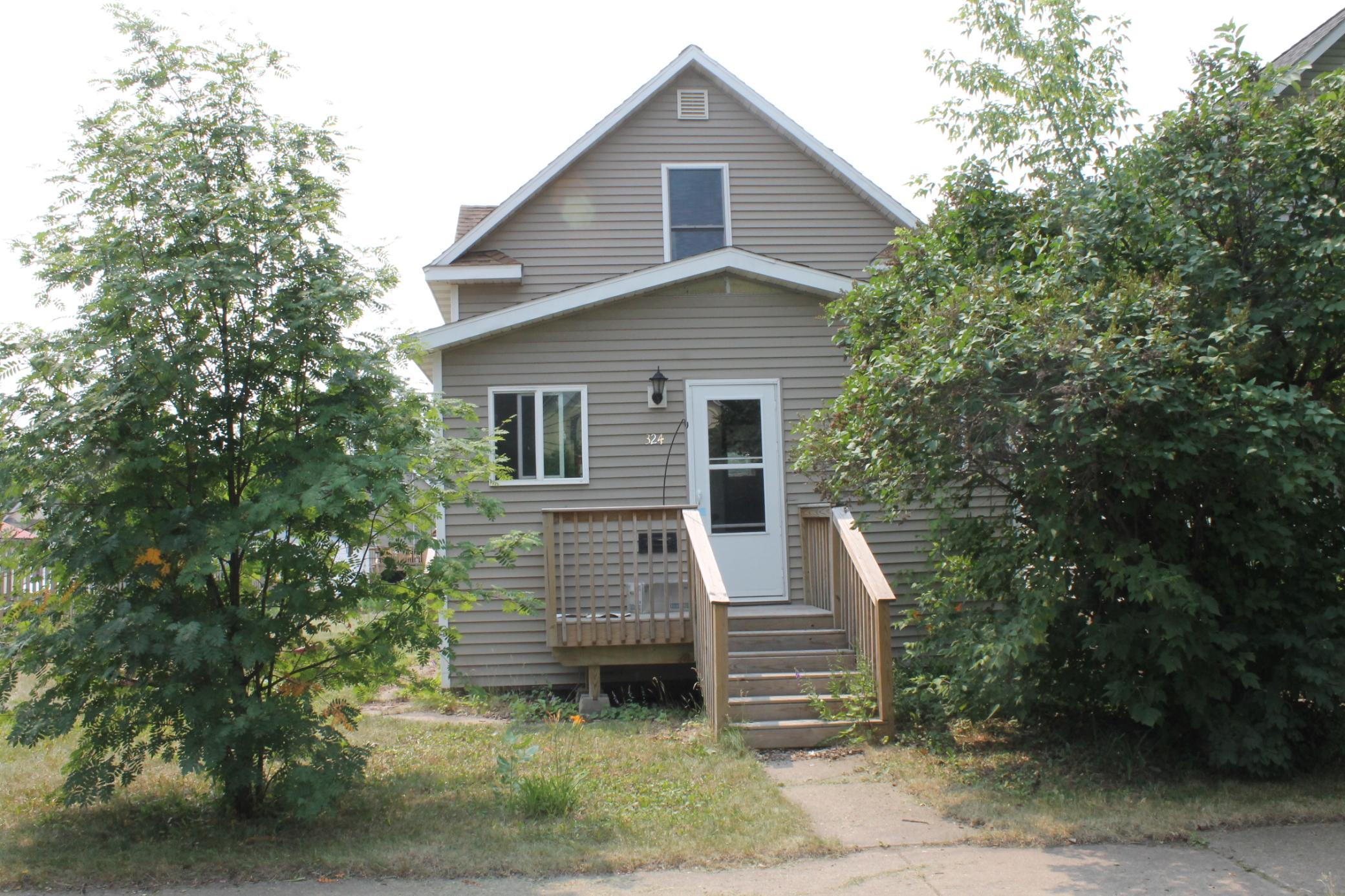 324 10th Street Property Photo