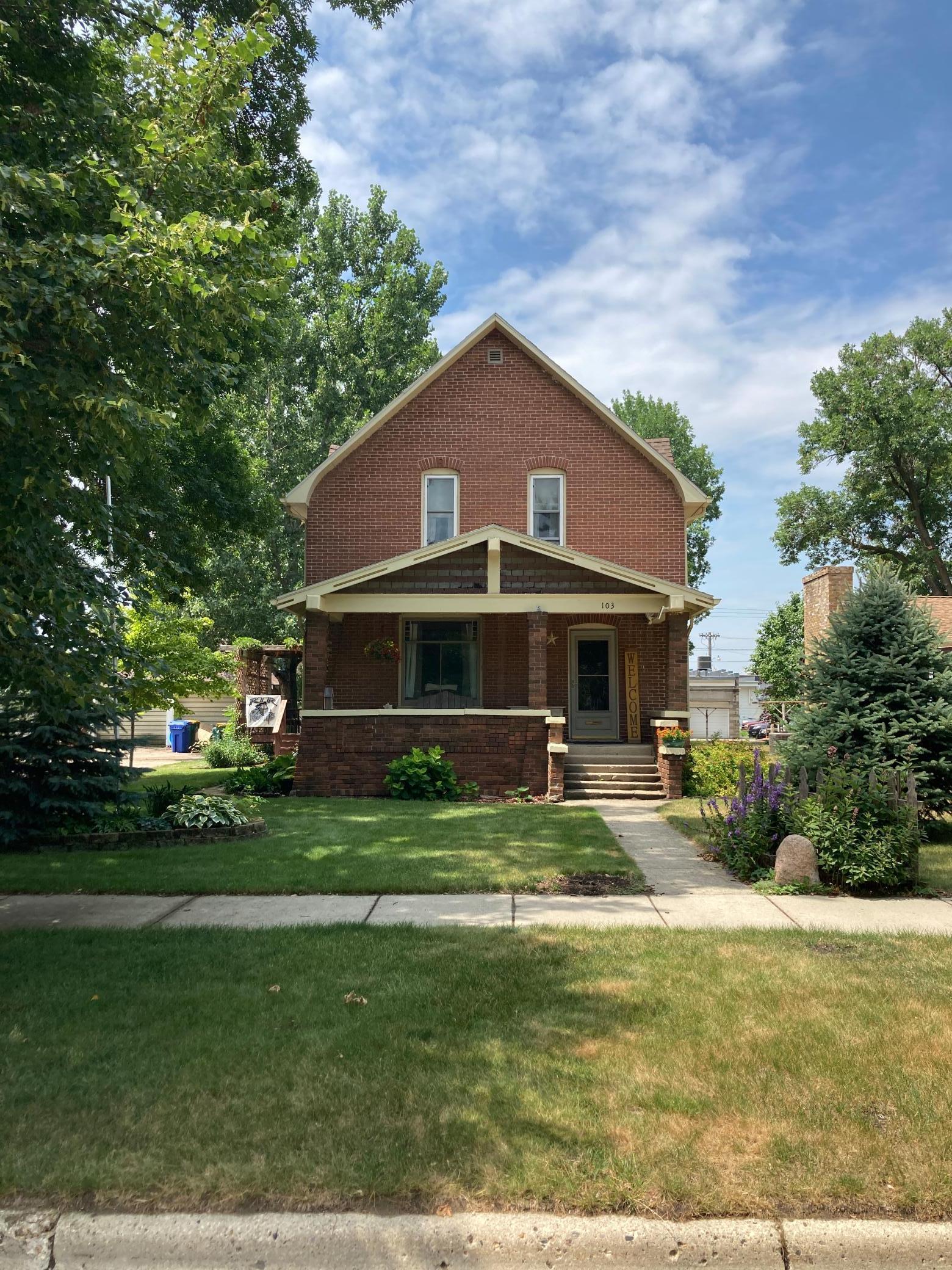 103 N Mcgoudy Street Property Photo