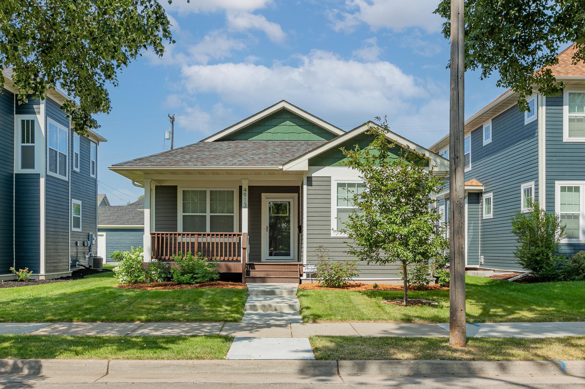 4913 Girard Avenue Property Photo