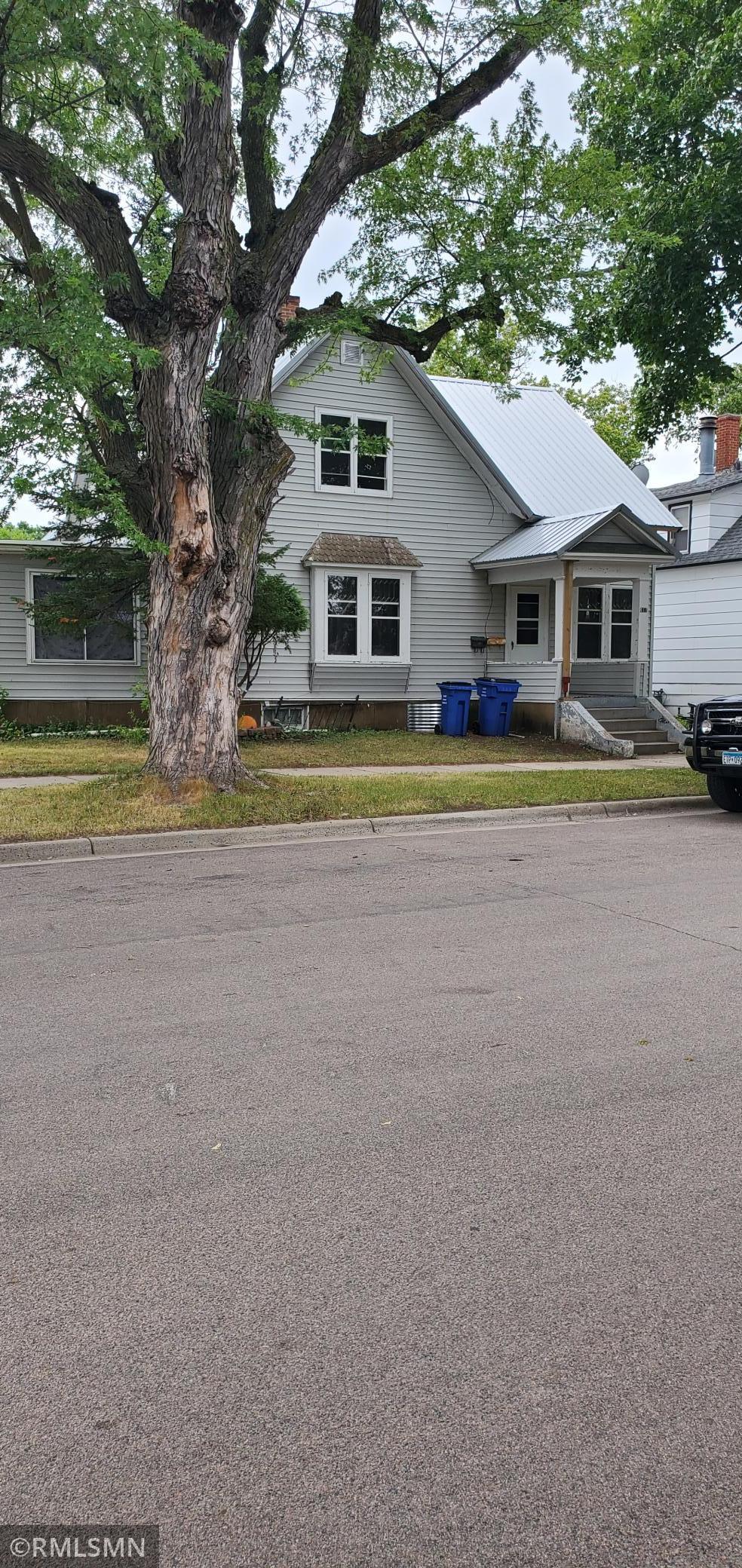411 Haarfager Avenue Property Photo