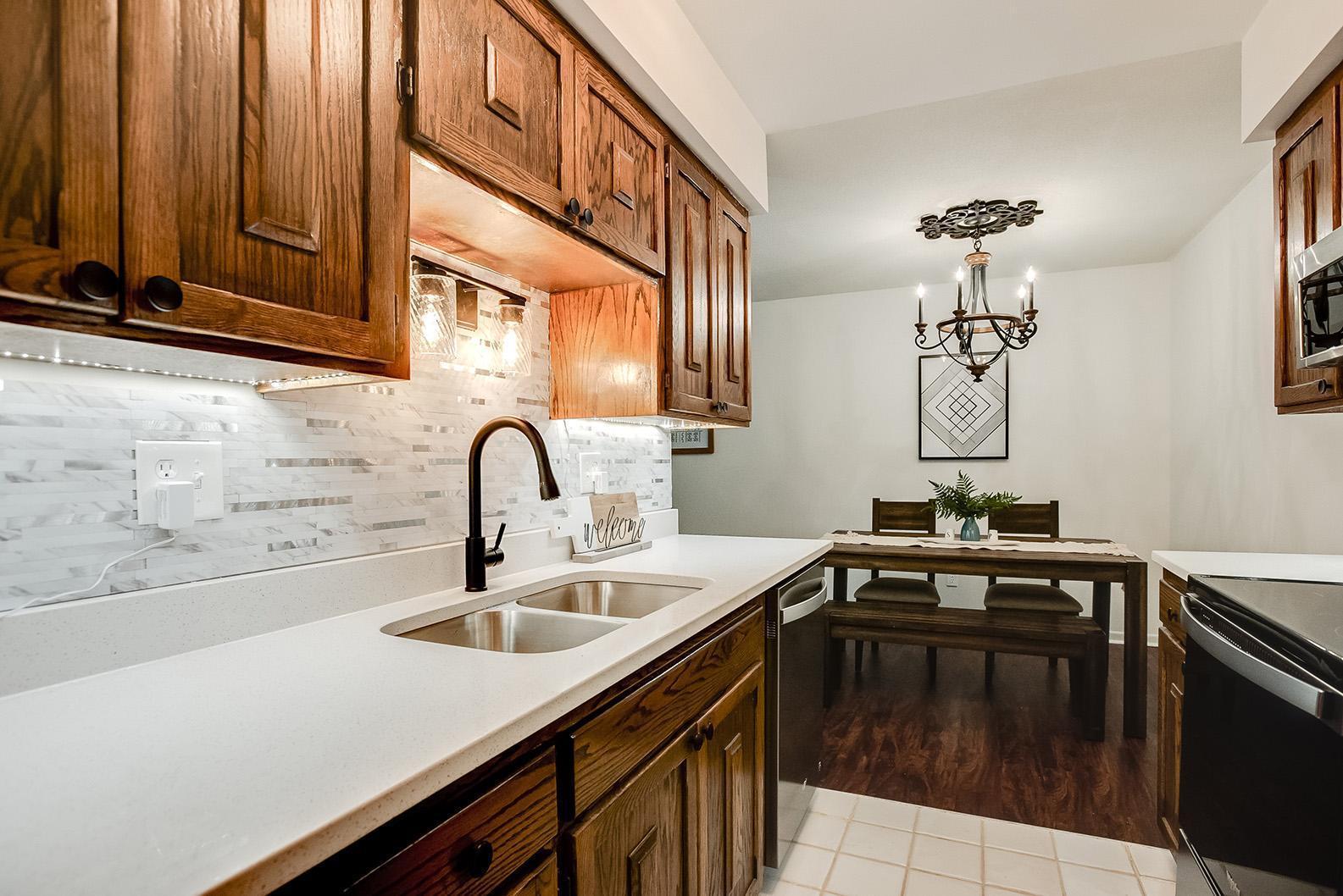 Apt Own No54 456 Summit Condo Real Estate Listings Main Image