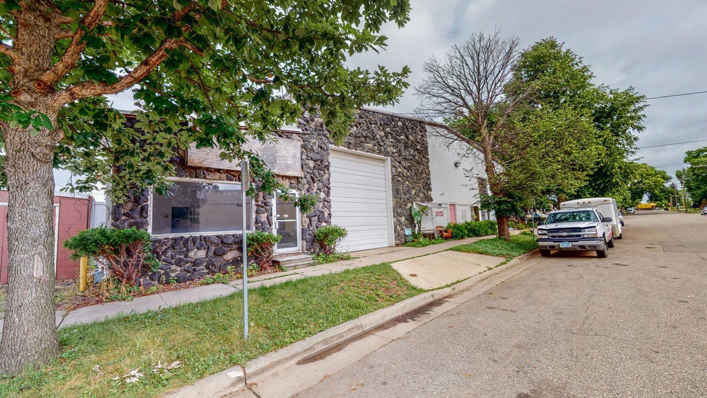 506 3rd Avenue Property Photo 3