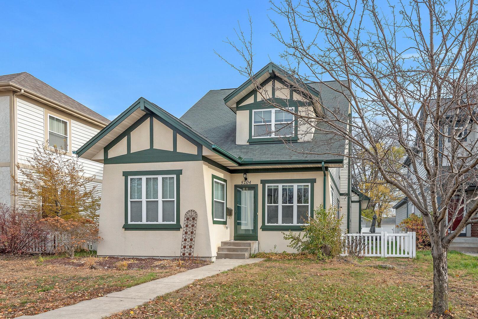 5204 Humboldt Avenue Property Photo