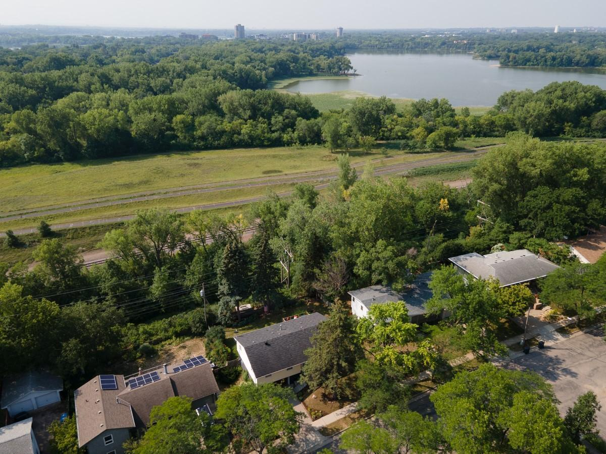 1119 Cedar View Drive Property Photo