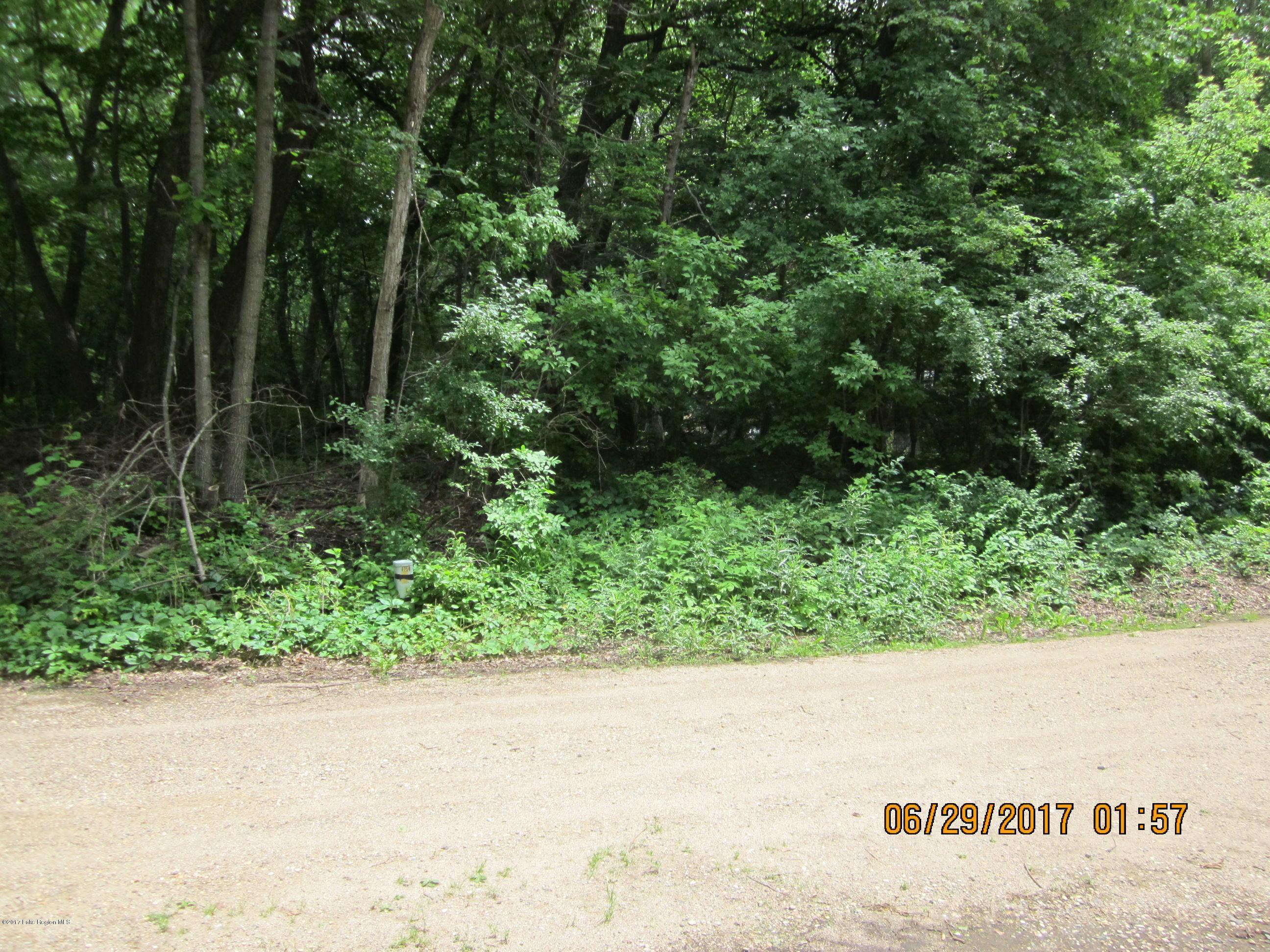 * Sunsetridge Road S Property Photo