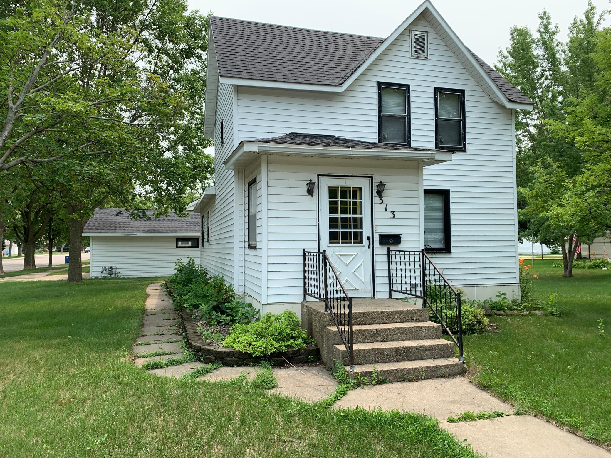313 Poplar Avenue Property Photo