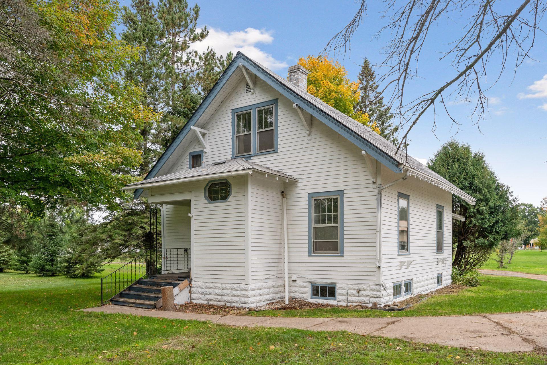 6605 Clover Street Property Photo