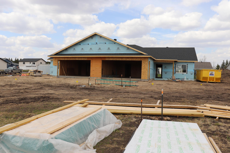 903 Village Lane Property Photo