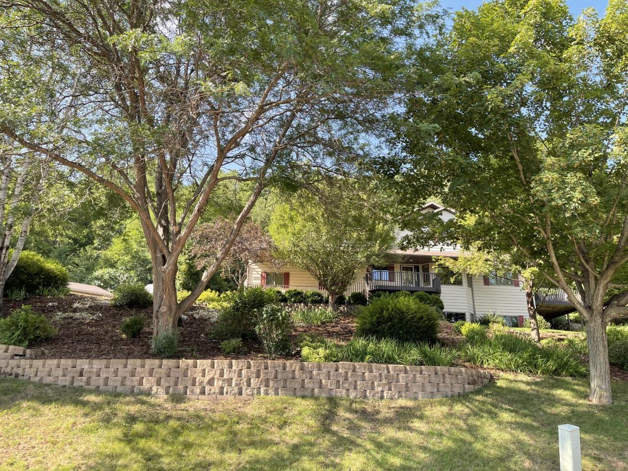 252 Pleasant Hill Drive Property Photo 1