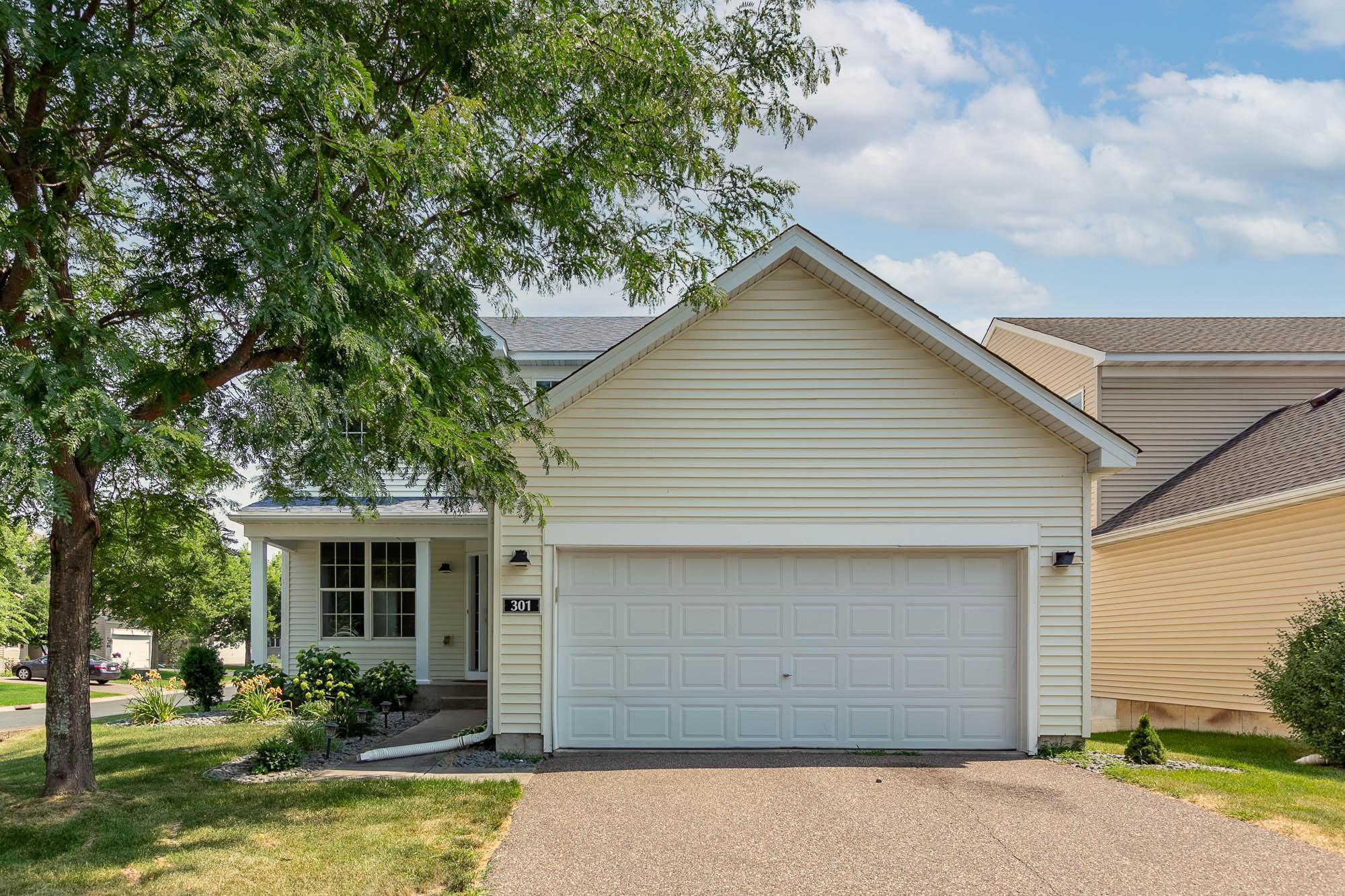 301 Evergreen Lane Property Photo
