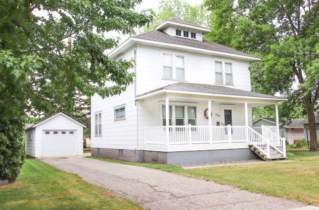 320 Main Street W Property Photo 1