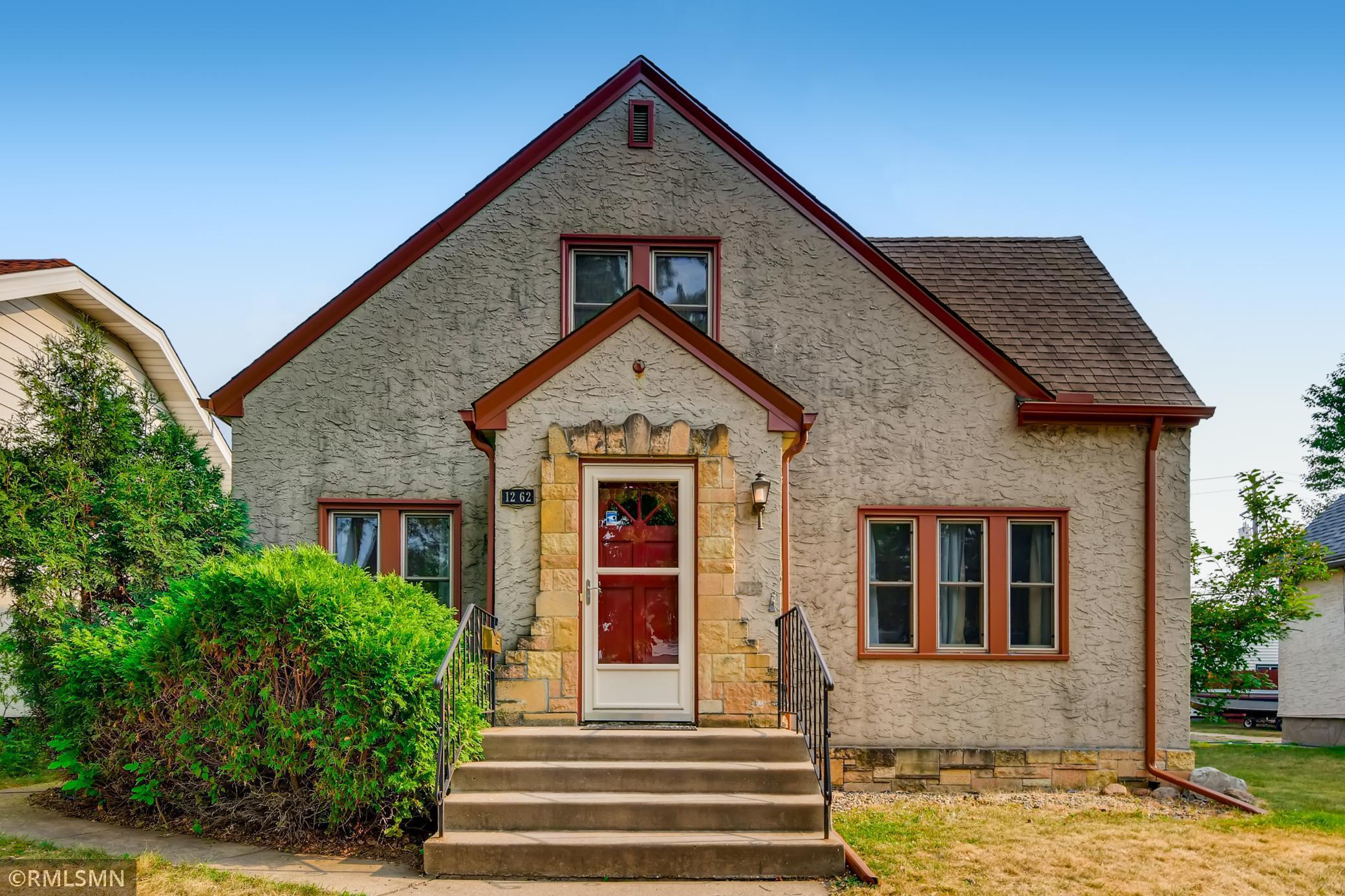 1262 James Avenue Property Photo