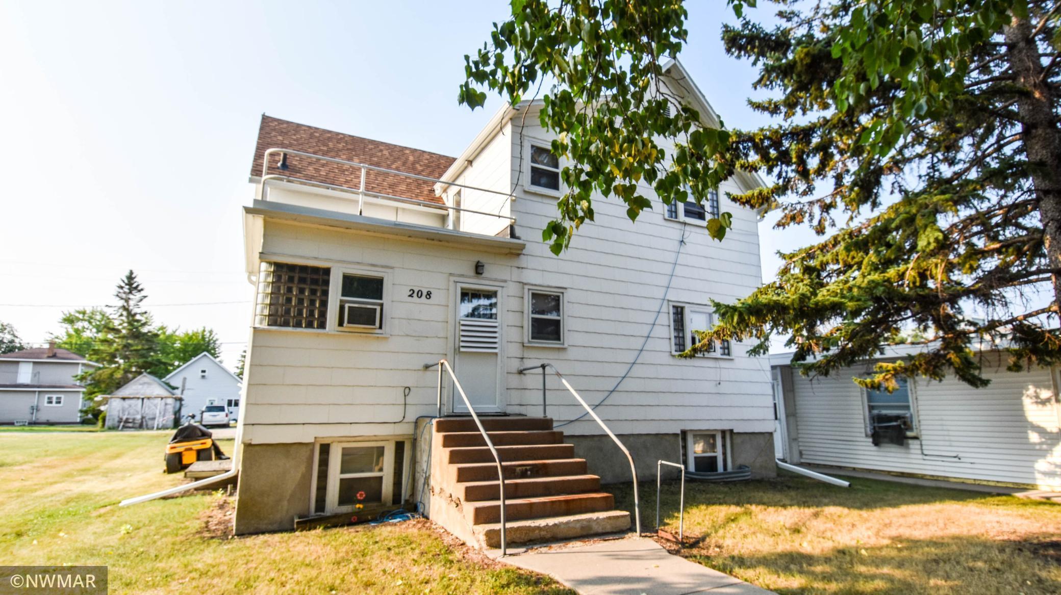 206 & 208 2nd Street Property Photo