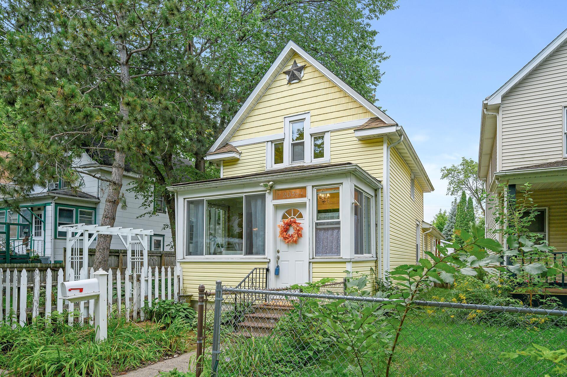 2039 3rd Avenue Property Photo