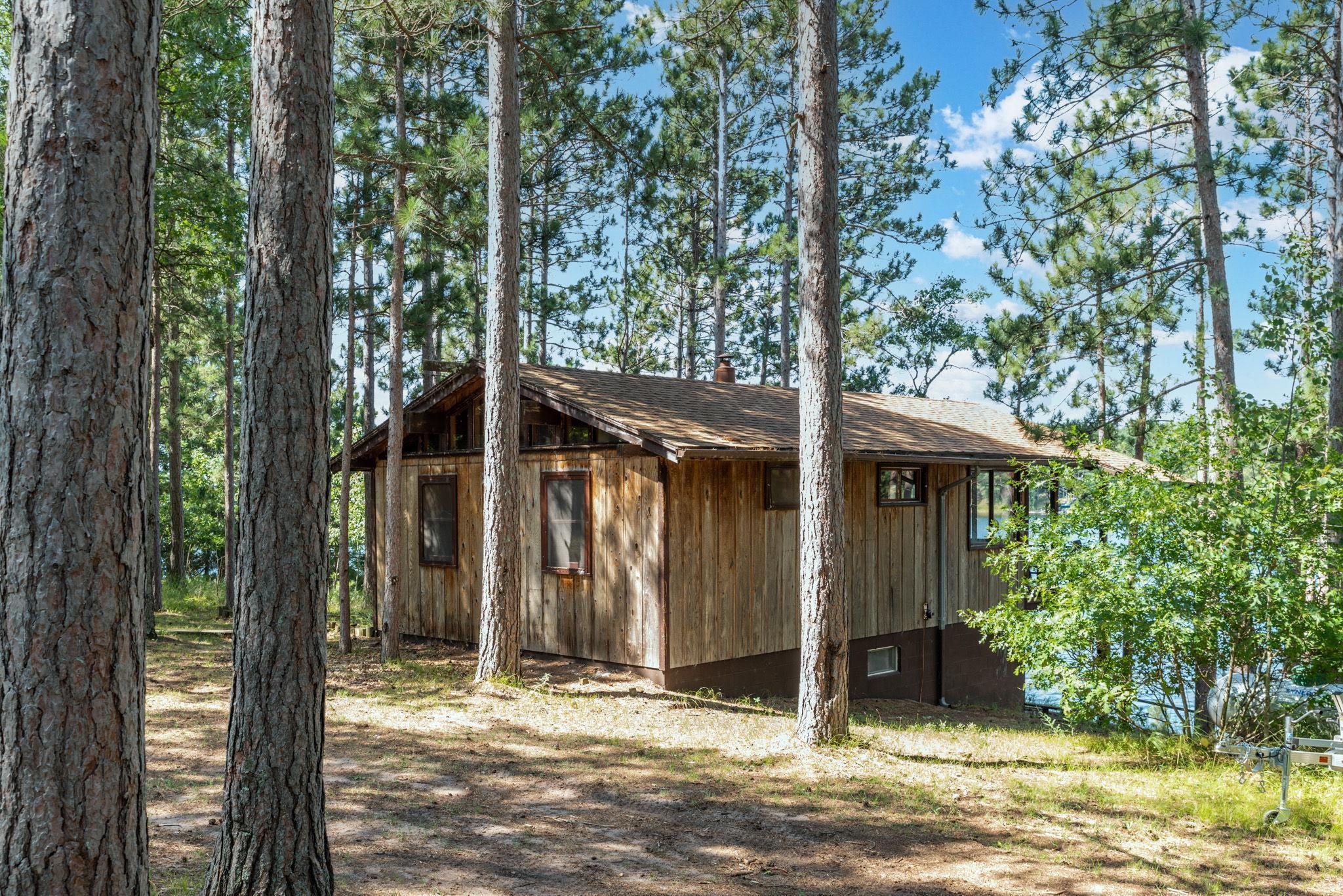 29911 Shoreline Drive Property Photo