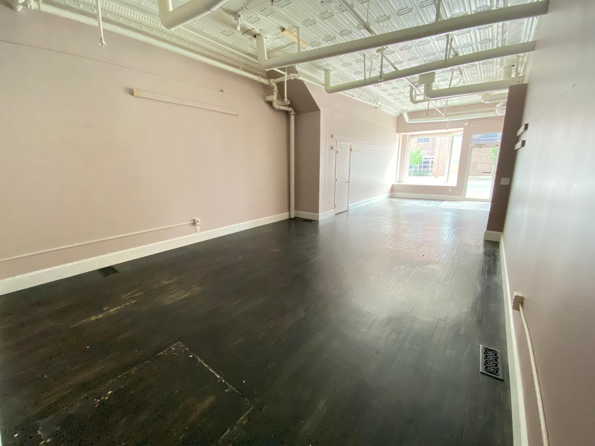 113-115 Broadway Avenue Property Photo 6