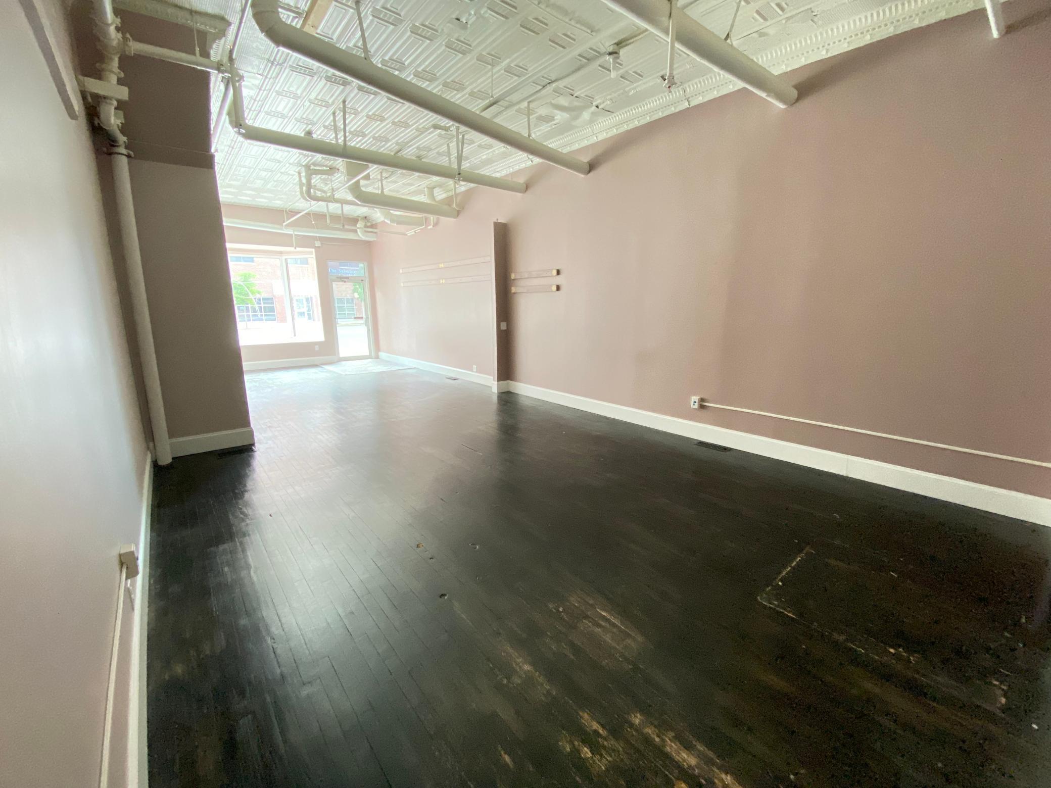 113-115 Broadway Avenue Property Photo 7