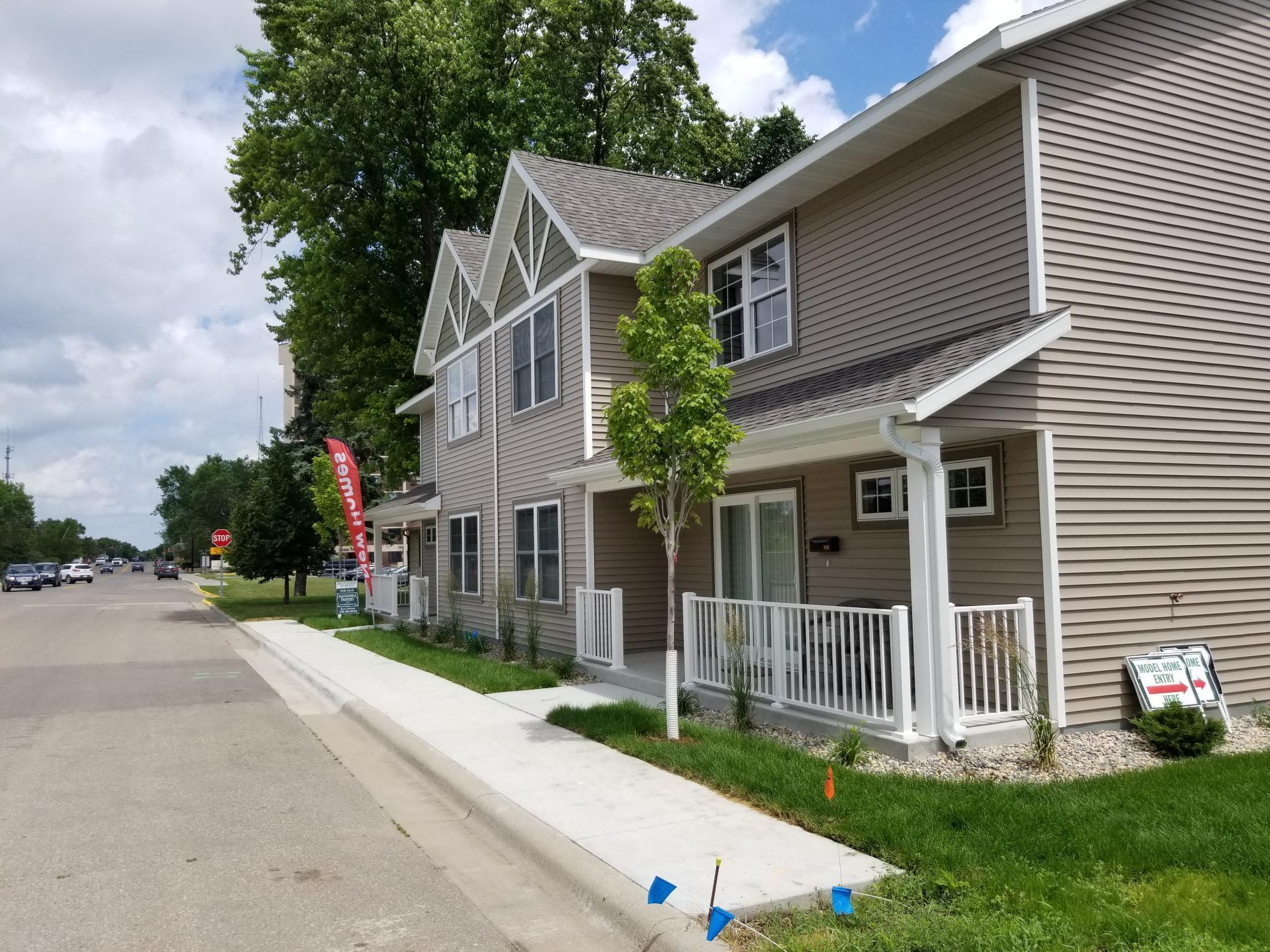 907-921 Fillmore Street Property Photo