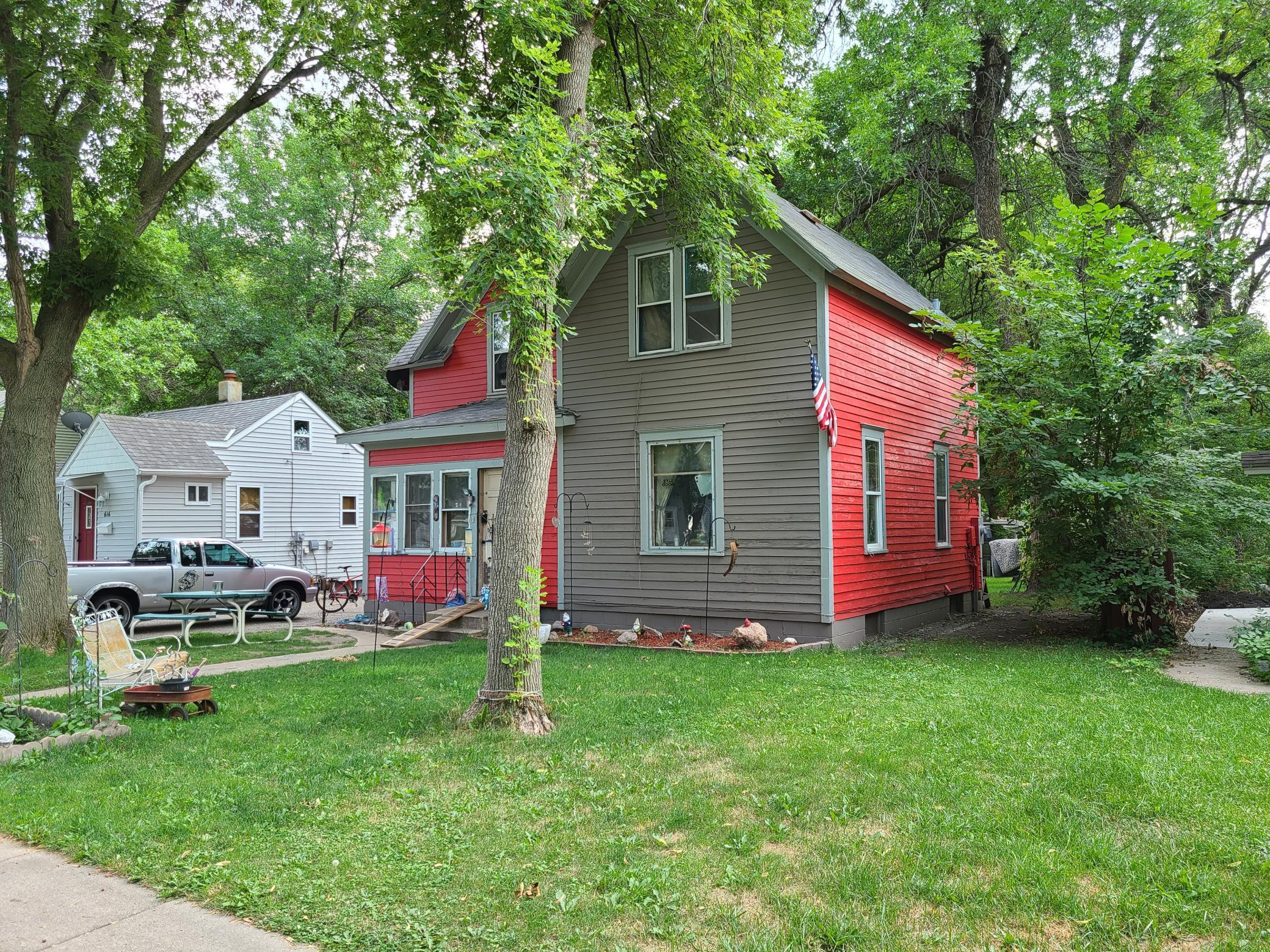 612 15th Street Property Photo