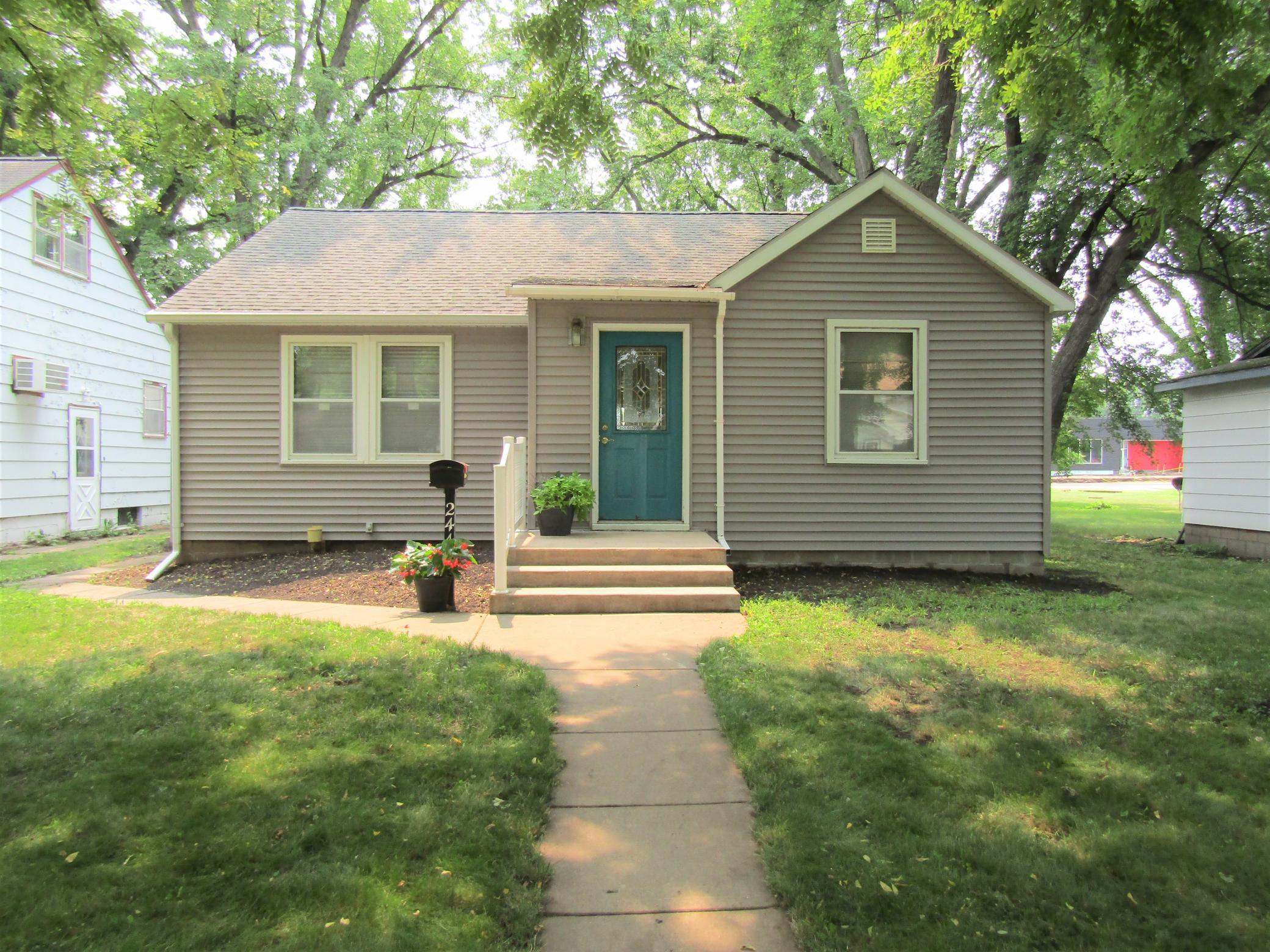 E 244 Ronning Avenue Property Photo