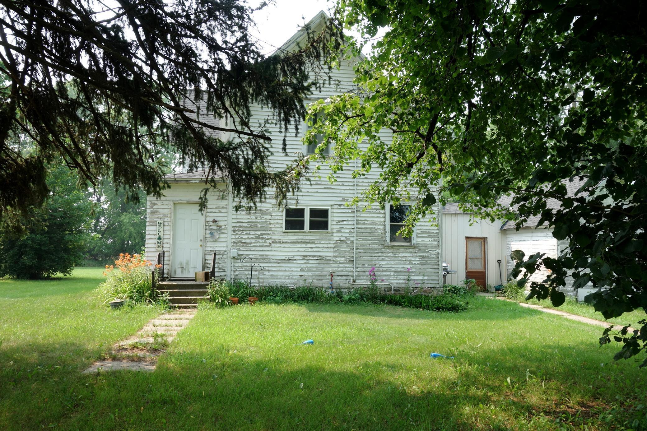 53184 335th Street Property Photo