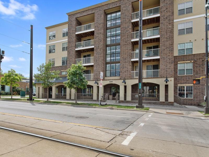 2900 University Avenue Property Photo