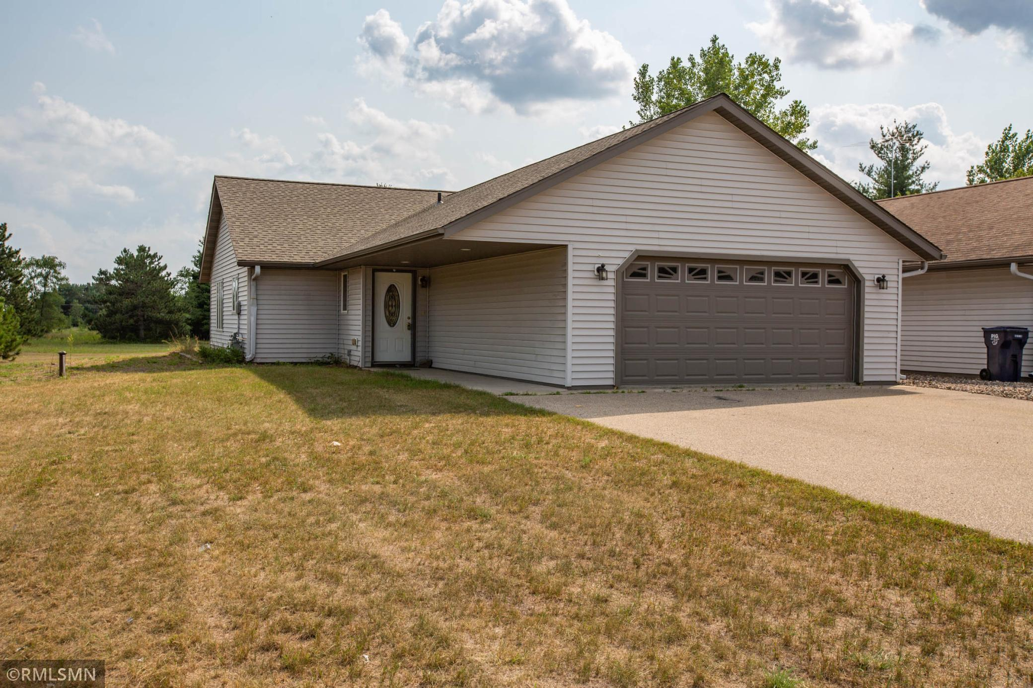54723 Real Estate Listings Main Image