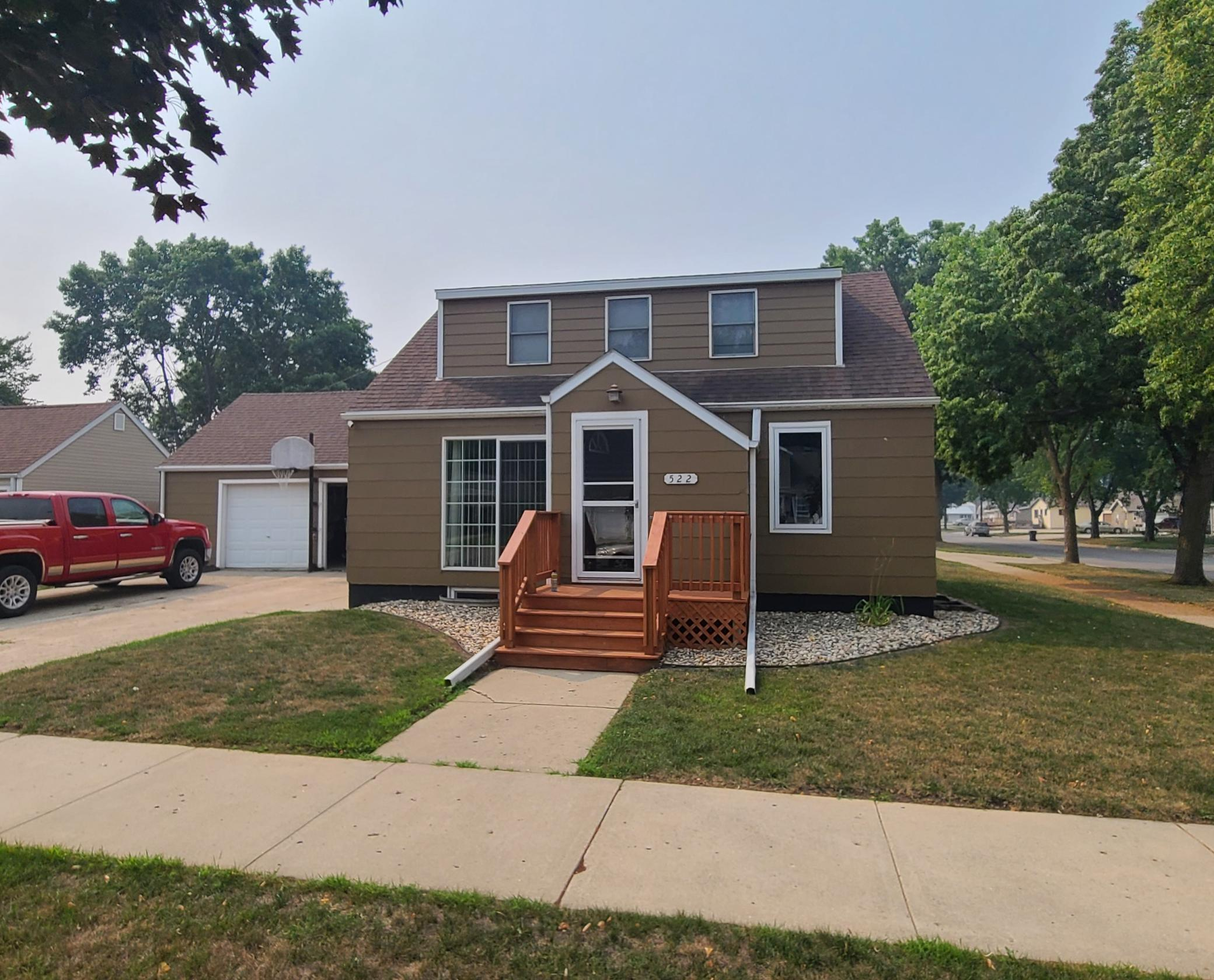 522 5th Street Property Photo