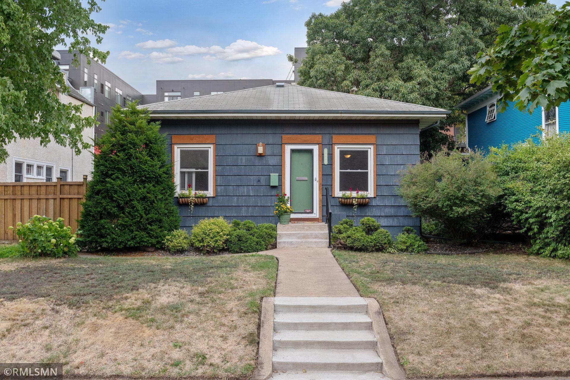 3041 Humboldt Avenue Property Photo