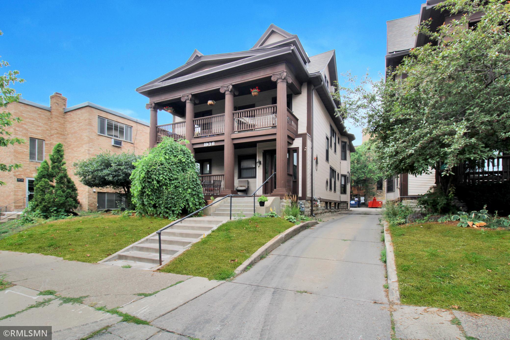 Aldrich Point Condominium Real Estate Listings Main Image