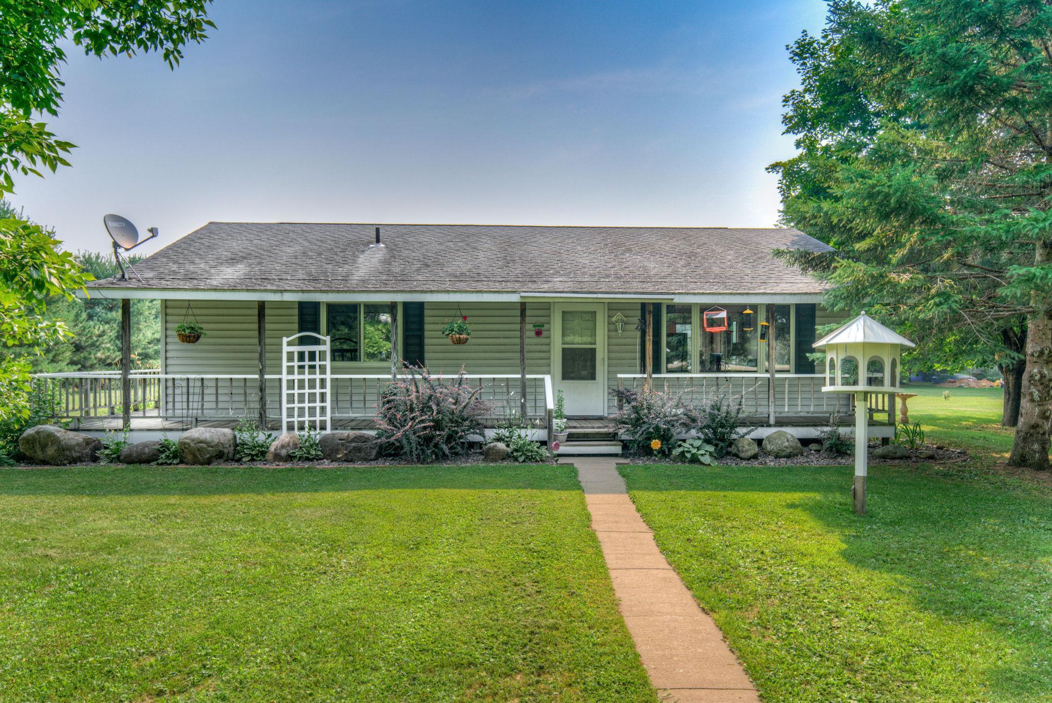 1530 Goose Lake Lane Property Photo