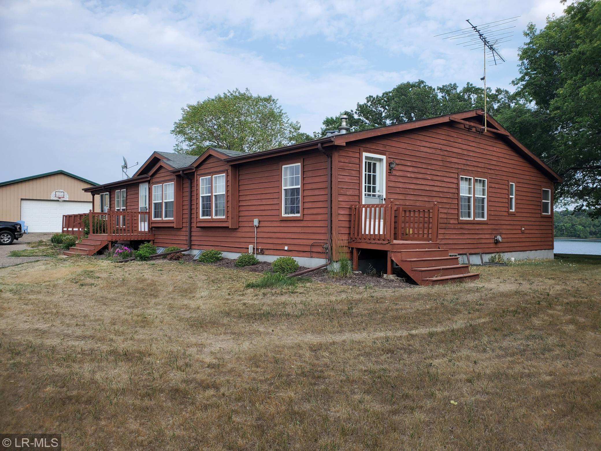 41842 Foursquare Road Property Photo