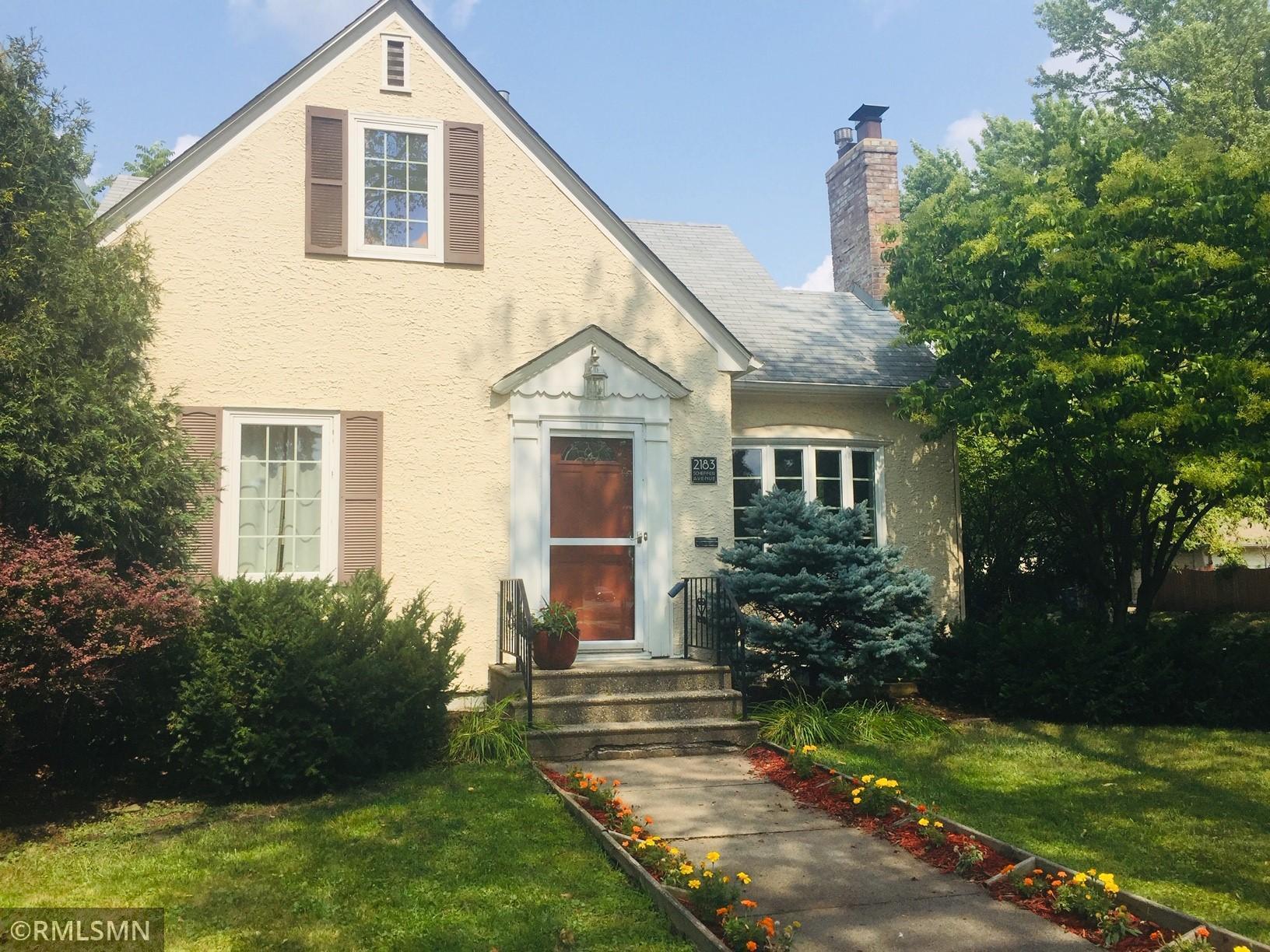 2183 Scheffer Avenue Property Photo