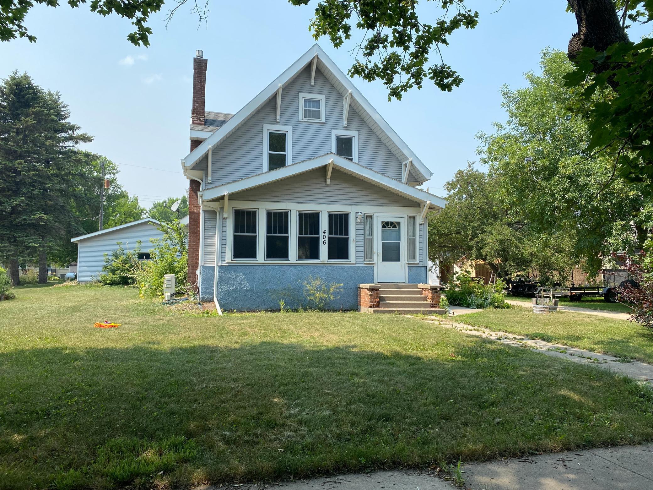 406 12th Street Property Photo
