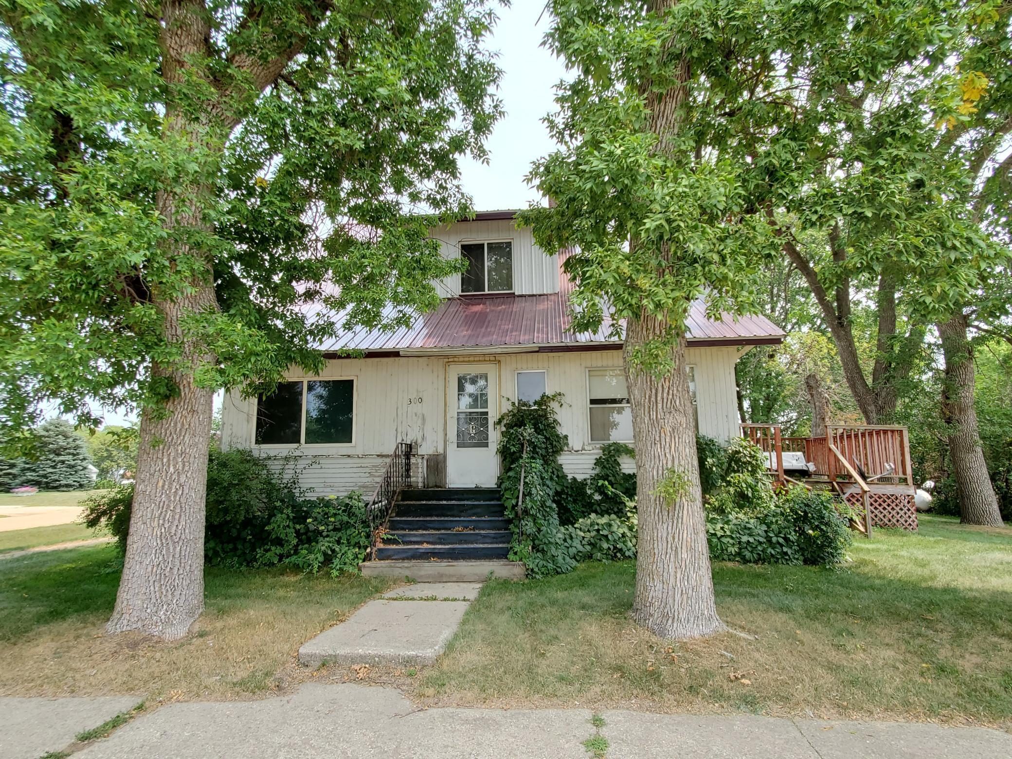 300 Ridge Street Property Photo