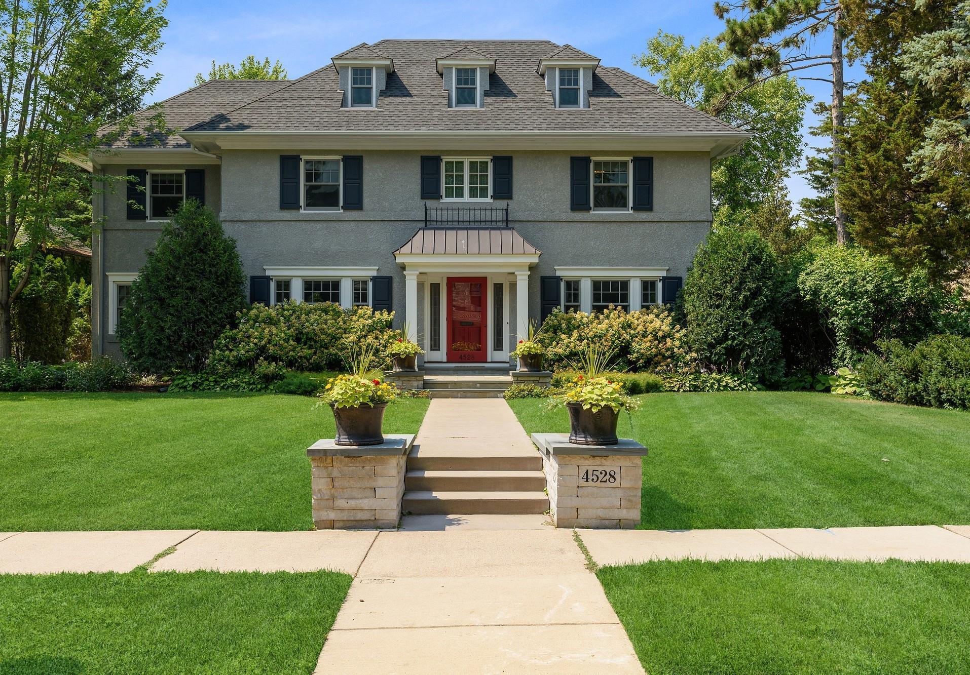 4528 Fremont Avenue S Property Photo 1