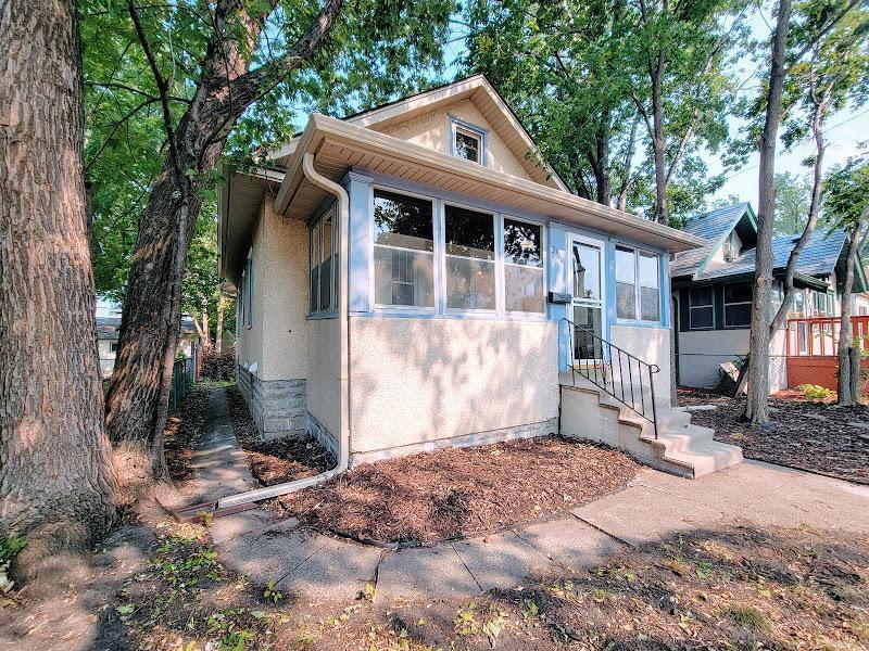 3946 Girard Avenue Property Photo