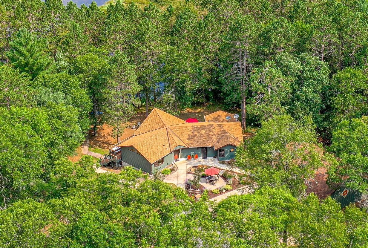 5930 Minnow Lake Road Property Photo