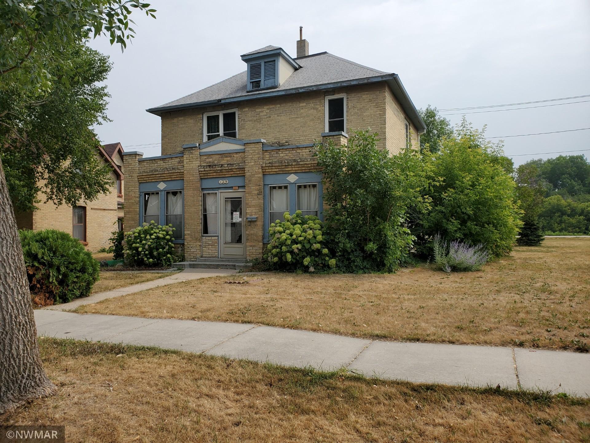 129 Lincoln Avenue Property Photo