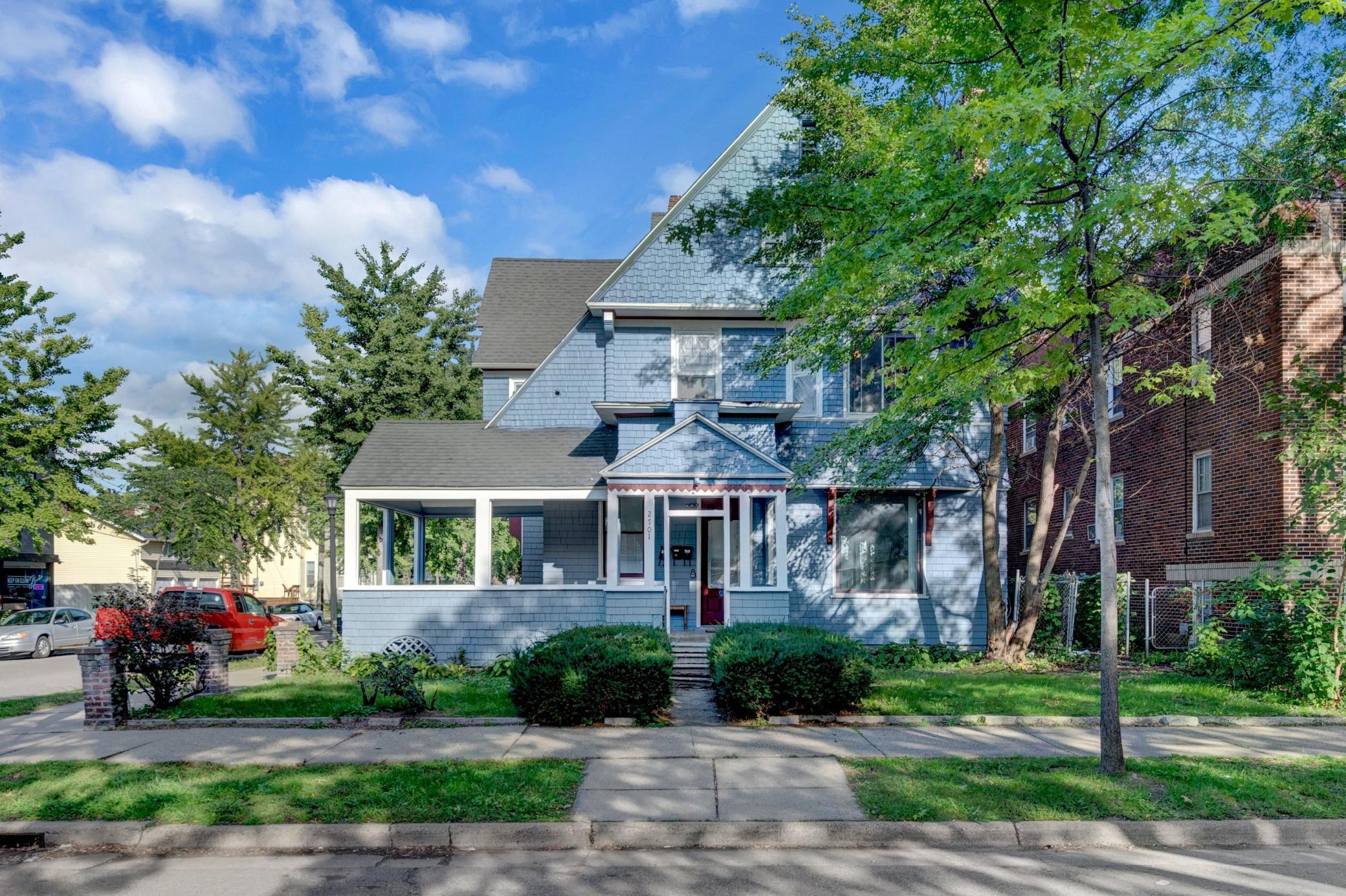 0000153035 Real Estate Listings Main Image
