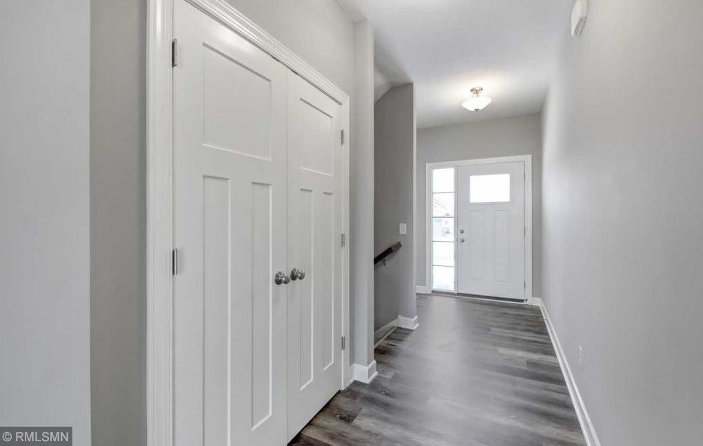 9766 Oxford Lane Property Photo