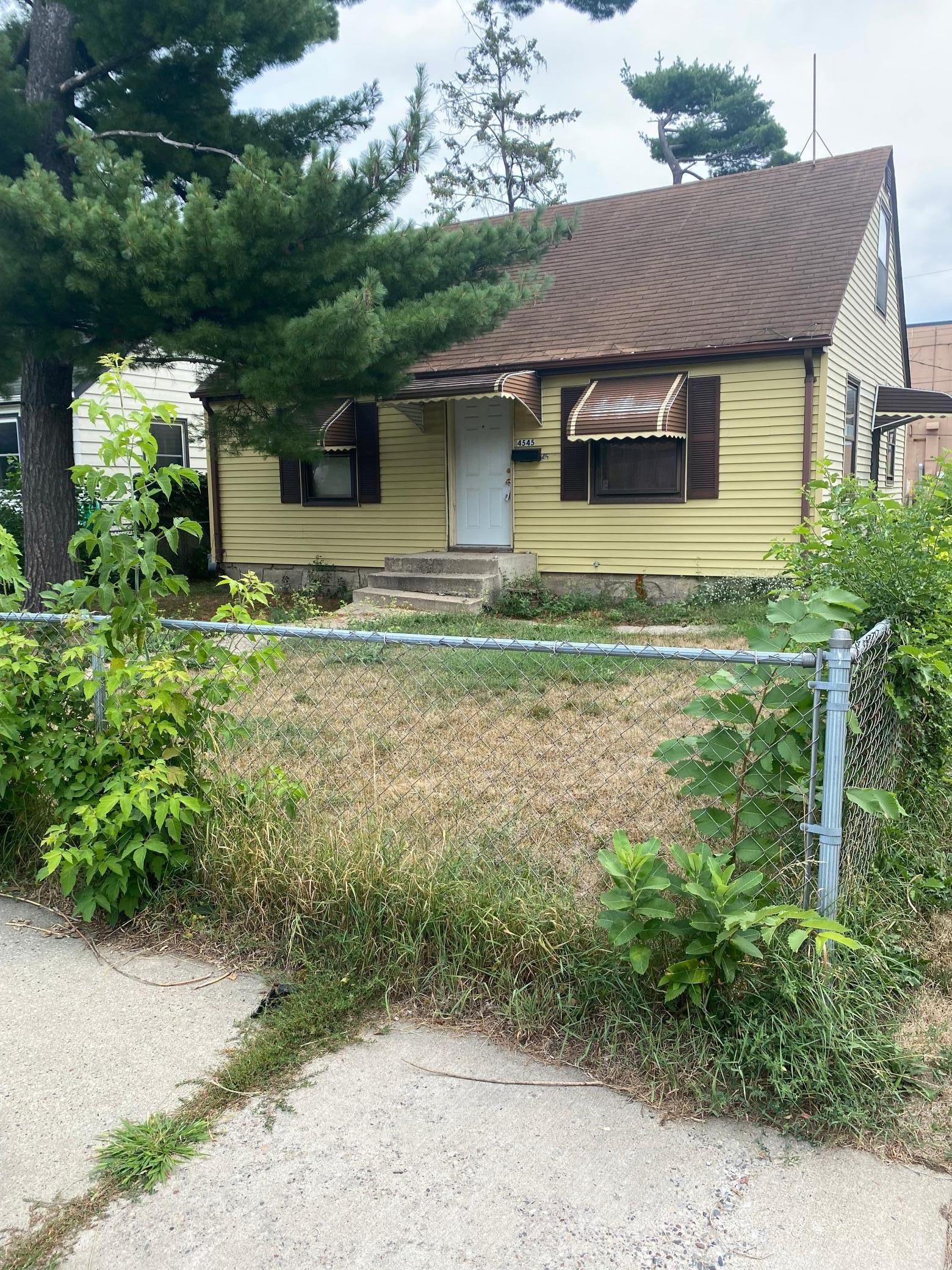 4545 Clinton Avenue Property Photo